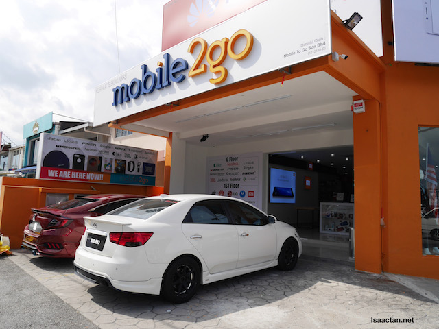 Mobile2Go PJ Signature Store With First Mi Zone In Malaysia